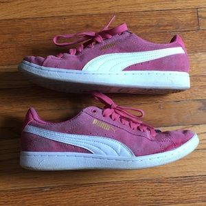 Pink Suede Puma Sneakers w/ SoftFoam inserts - 6.5